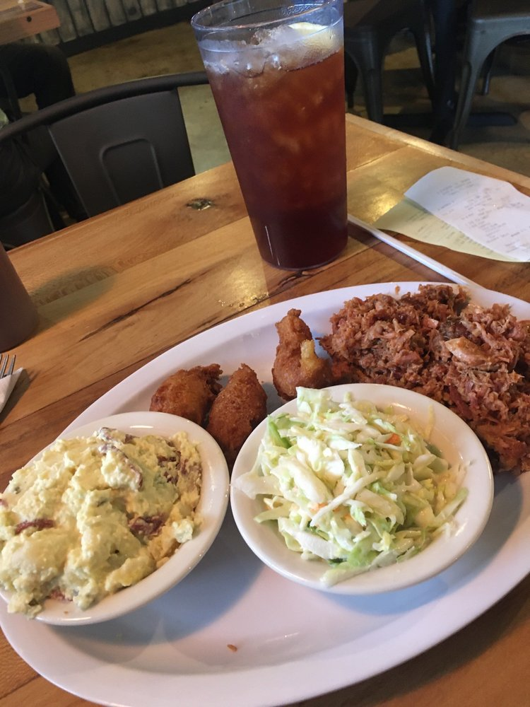 Jimbo's Pit Bar B-Q: 4103 W Kennedy Blvd, Tampa, FL