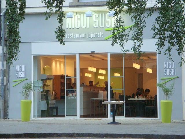 nigui sushi 17 avis restaurant japonais 4 place. Black Bedroom Furniture Sets. Home Design Ideas