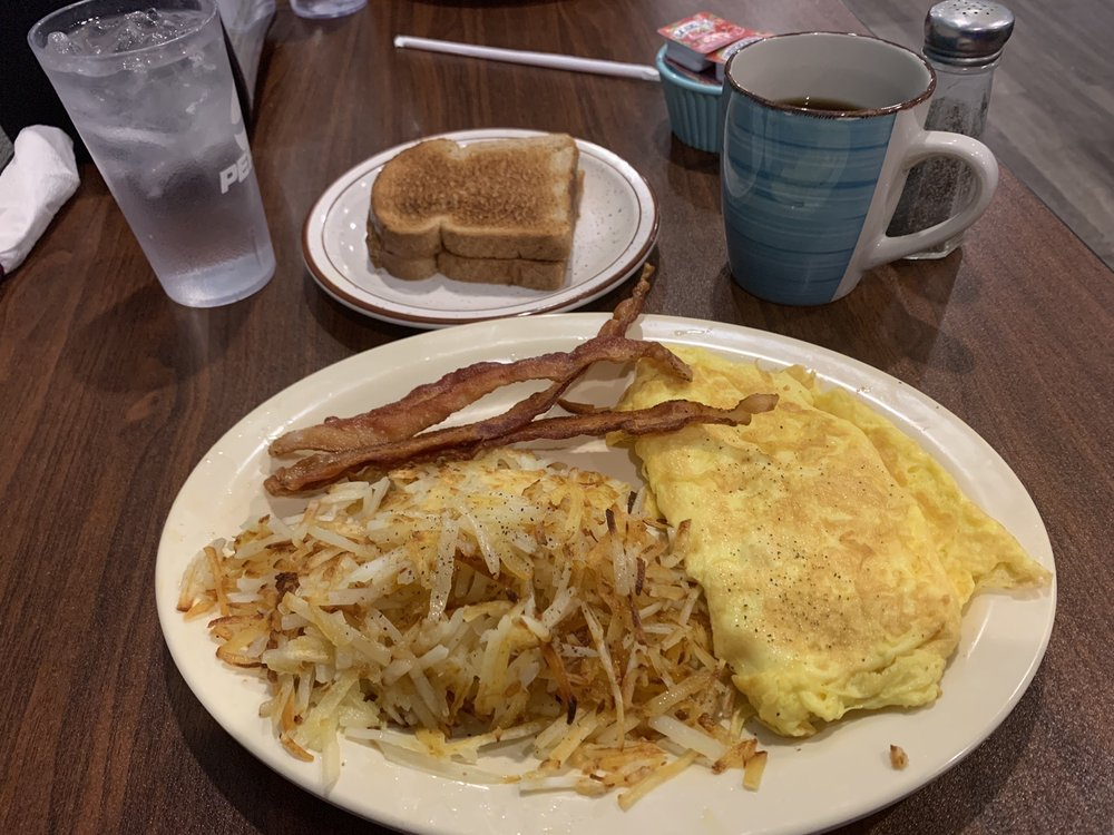 North Side Diner: 111 E Van Buren St, Centerville, IA