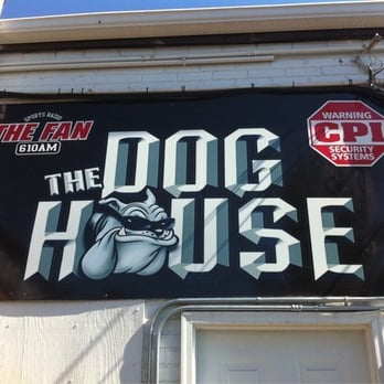 Wfnz doghouse radio stations 401 w morehead st for The dog house charlotte nc