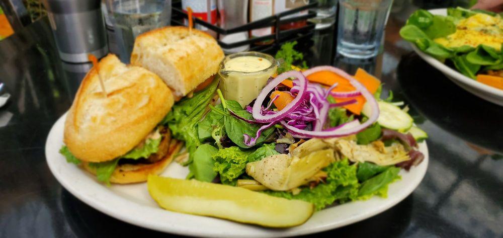 Wanda's Cafe + Bakery: 12880 H St, Nehalem, OR