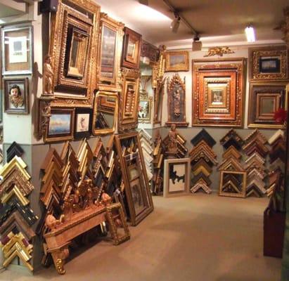 Marcos Artesanos - Framing - Calle Villanueva, 23, Salamanca, Madrid ...