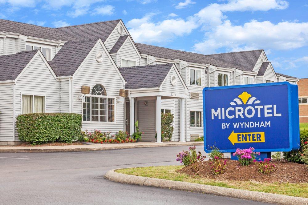 Microtel Inn & Suites by Wyndham Lexington: 2240 Buena Vista, Lexington, KY