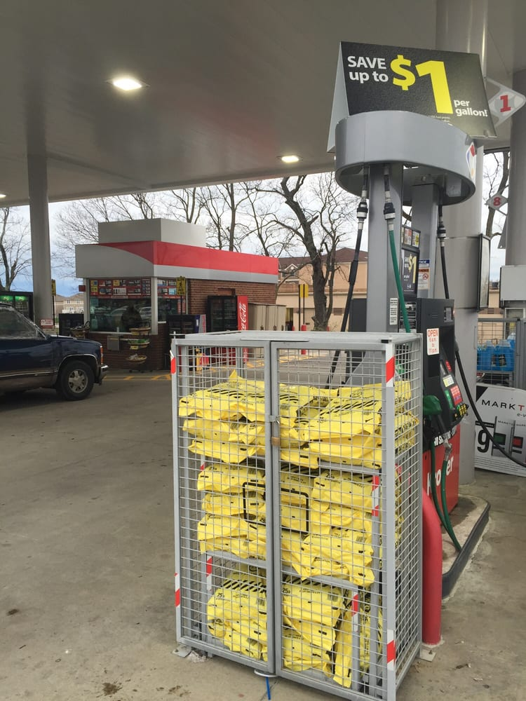 Kroger Gas Station Near Me >> Kroger Gas Station - Gas Stations - 1600 Leestown Rd ...
