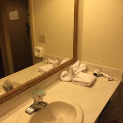 Photo Of Anice Inn Universal   Orlando, FL, United States. Outdated Bathroom ,