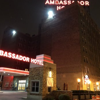Photo Of Ambador Hotel Milwaukee Wi United States