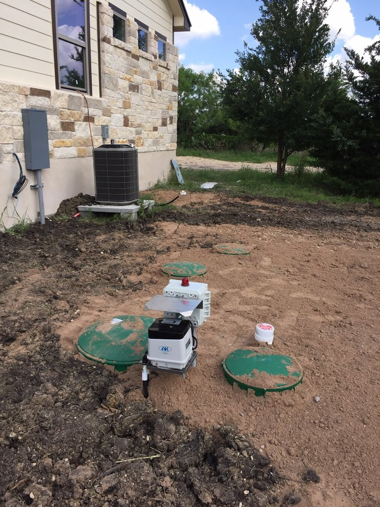Burgh's Septic & Wastewater: McDade, TX