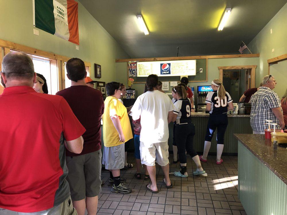 Connors Hot Dog Stand: 8905 Lakeshore Rd, Angola, NY