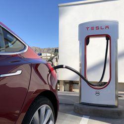 Tesla Supercharger - 495 N 3rd St, Burbank, CA - 2019 All