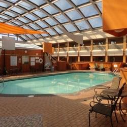 Radisson milwaukee north shore closed 30 photos 51 - Washington park swimming pool milwaukee ...