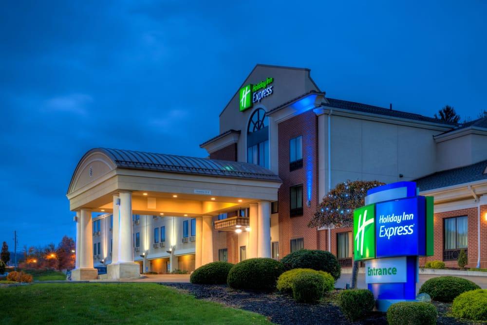 Holiday Inn Express: 18240 Conneaut Lake Rd, Meadville, PA