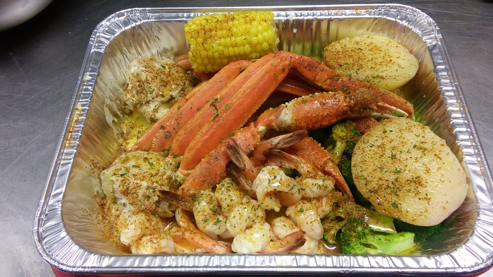 Louisianana Seafood & Wing: 3389 Columbia Woods Dr, Decatur, GA