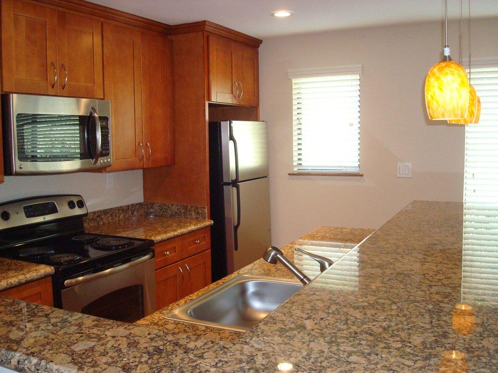 Woodmont Apartments: 1050 Ralston Ave, Belmont, CA