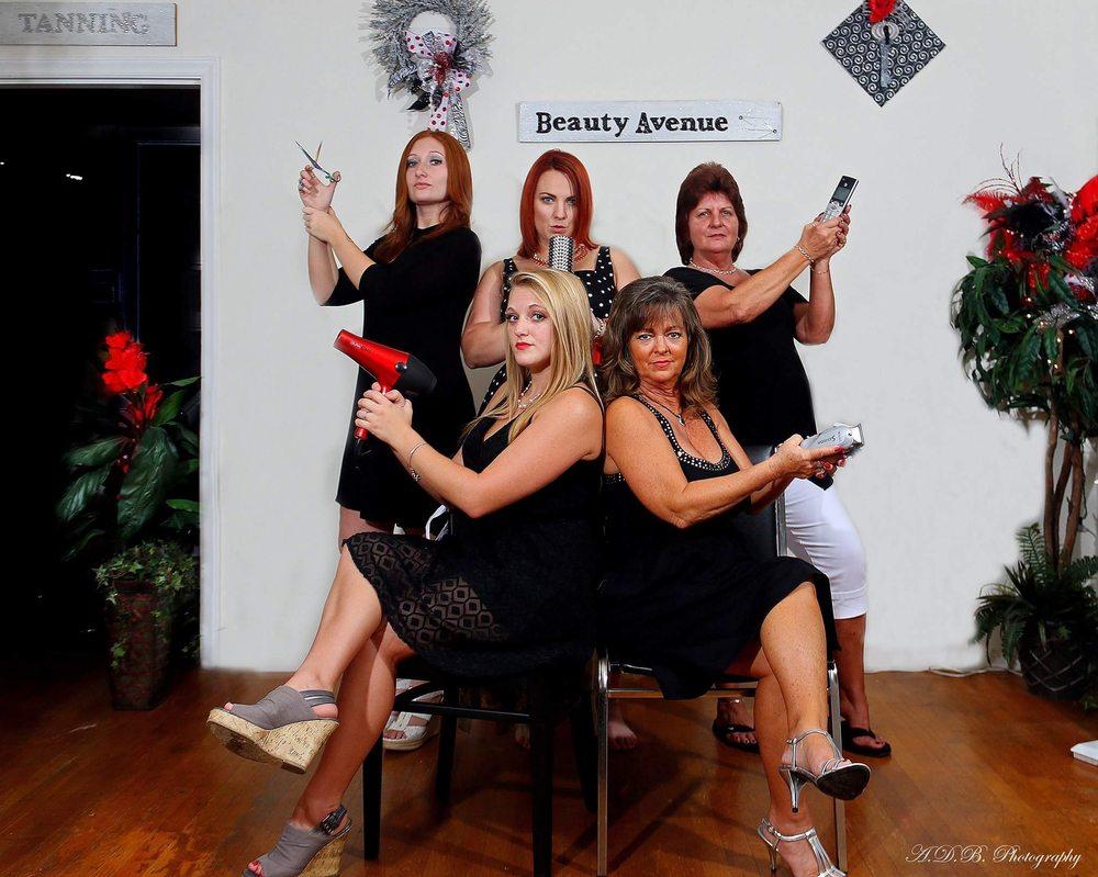 Mane Styles & Tanning: 396 Village Hwy, Rustburg, VA