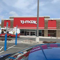 4d1cfc85537 TJ Maxx - 13 Photos   18 Reviews - Discount Store - 1530 E Lincoln ...