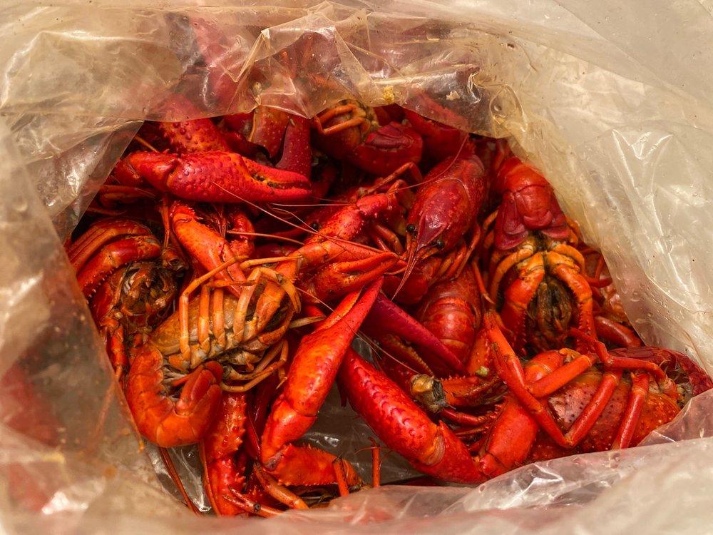 The Kickin' Crab: 9616 Olive Blvd, St Louis, MO