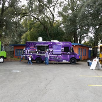 Jax Food Trucks Court