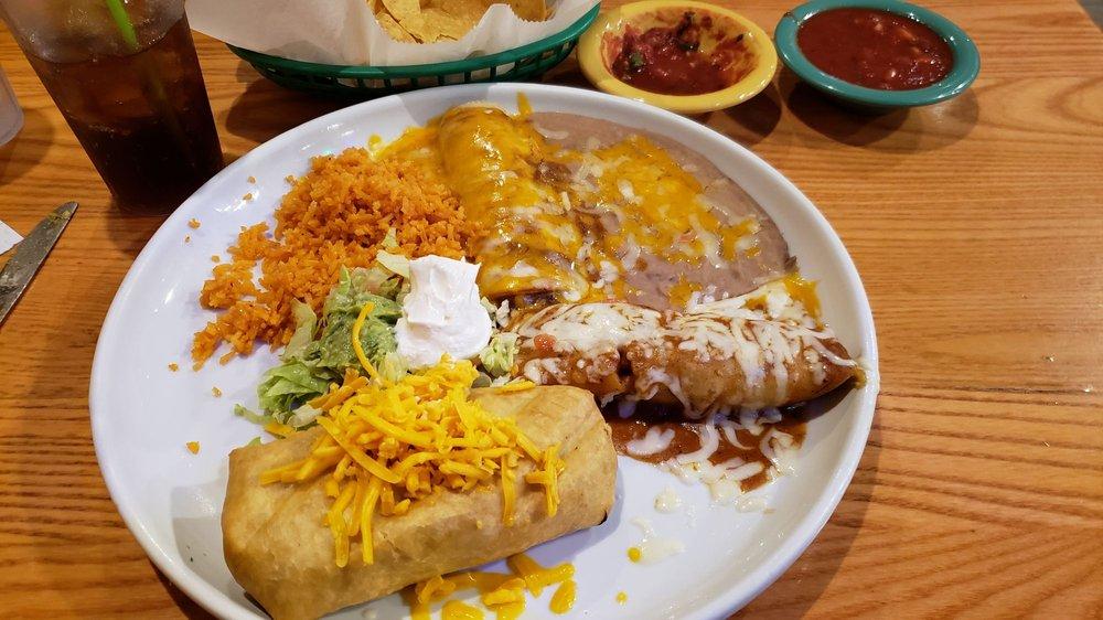 Toreros Authentic Mexican Cuisine: 911 Village Blvd, West Palm Beach, FL