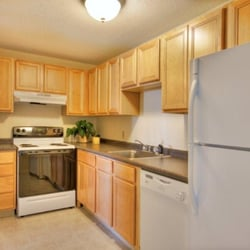 Princeton Place - 19 Photos - Apartments - 285 Plantation St ...
