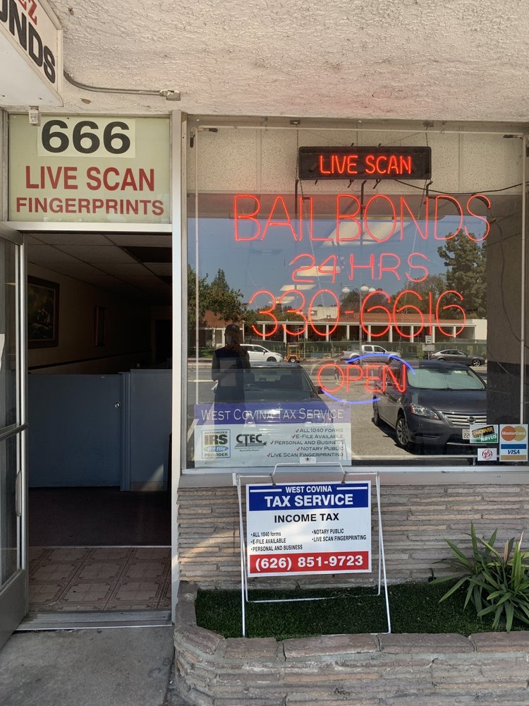 WEST COVINA LIVE SCAN FINGERPRINTING: 666 S Sunset Ave, West Covina, CA