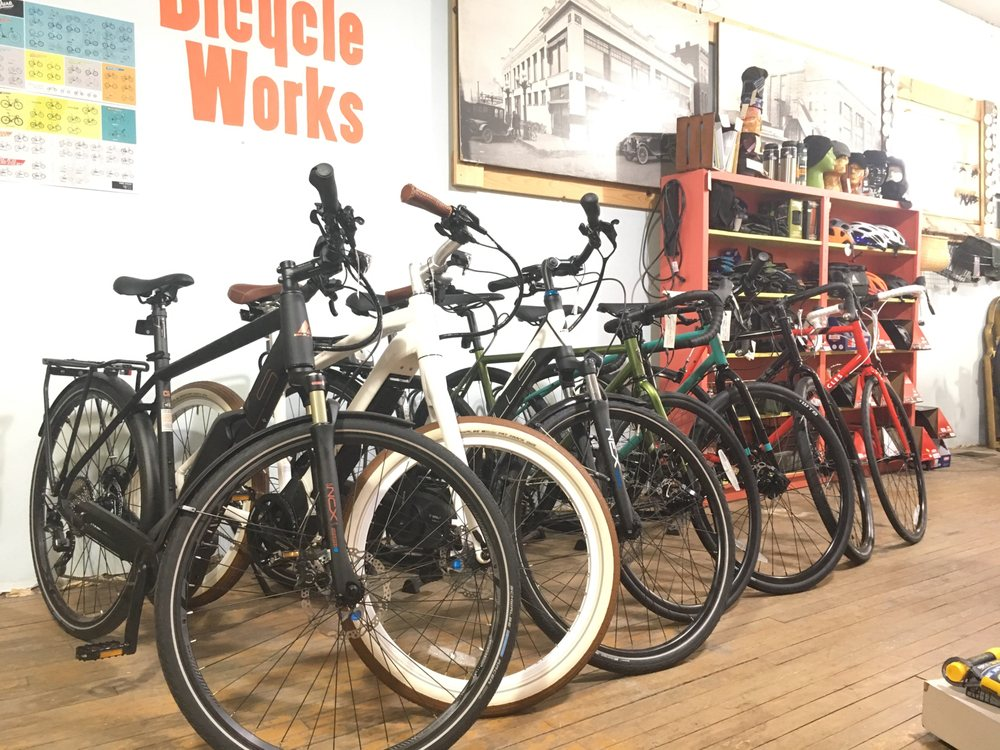 Waterloo Bicycle Works: 316 W 3rd St, Waterloo, IA