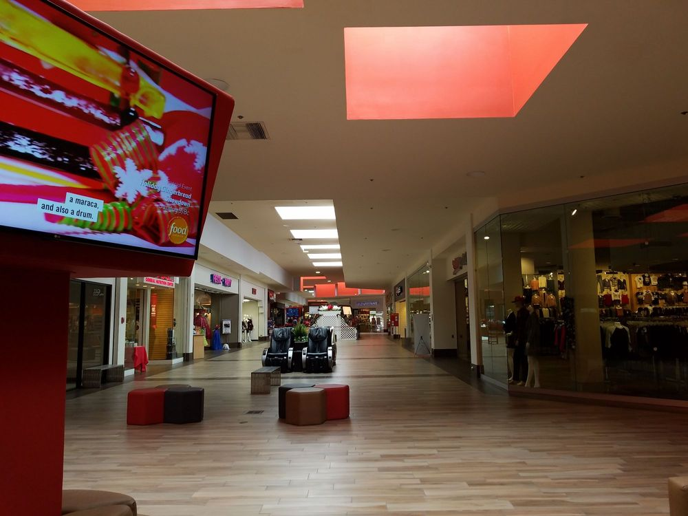 Hemet Valley Mall