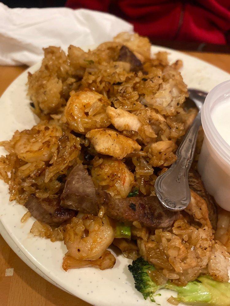 Twin Dragon Buffet & Grill
