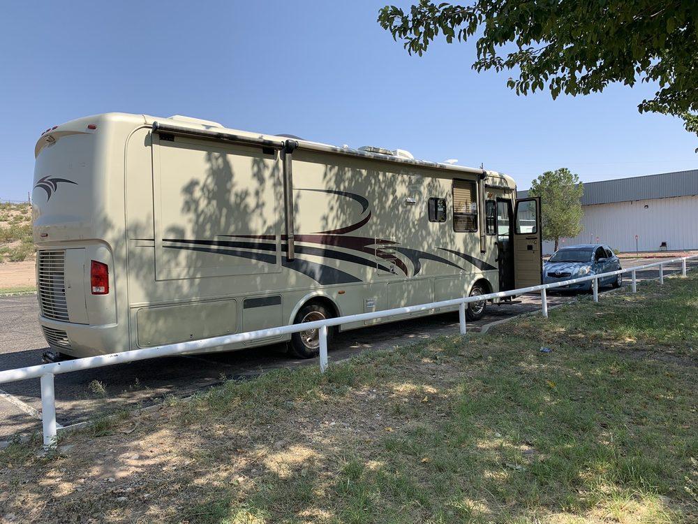 Mobile Vehicle Washing: 15 Elephant Pl, Elephant Butte, NM