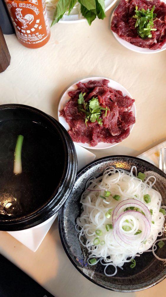 LeDalat Vietnamese Cuisine: 2645 Manhattan Blvd, Harvey, LA