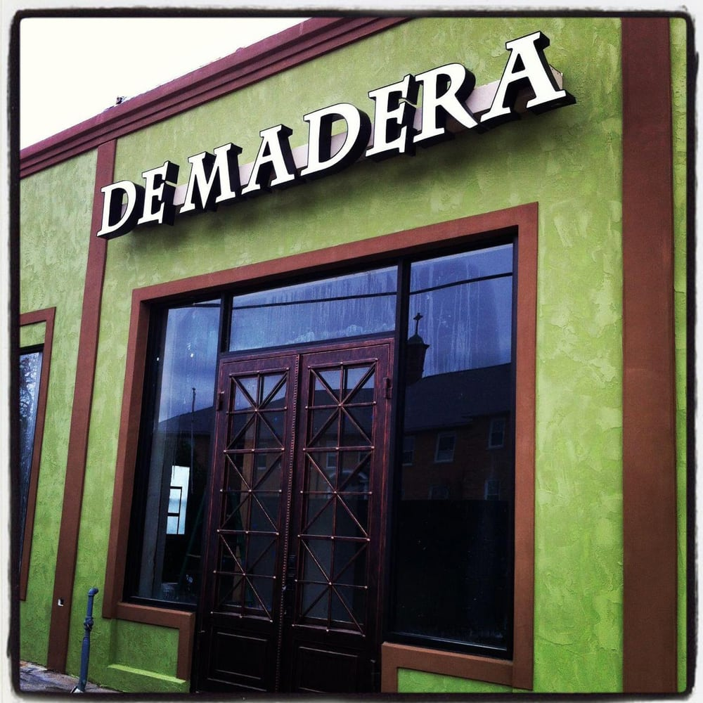 De Madera Furniture: 1116 Malvern Ave, Hot Springs, AR