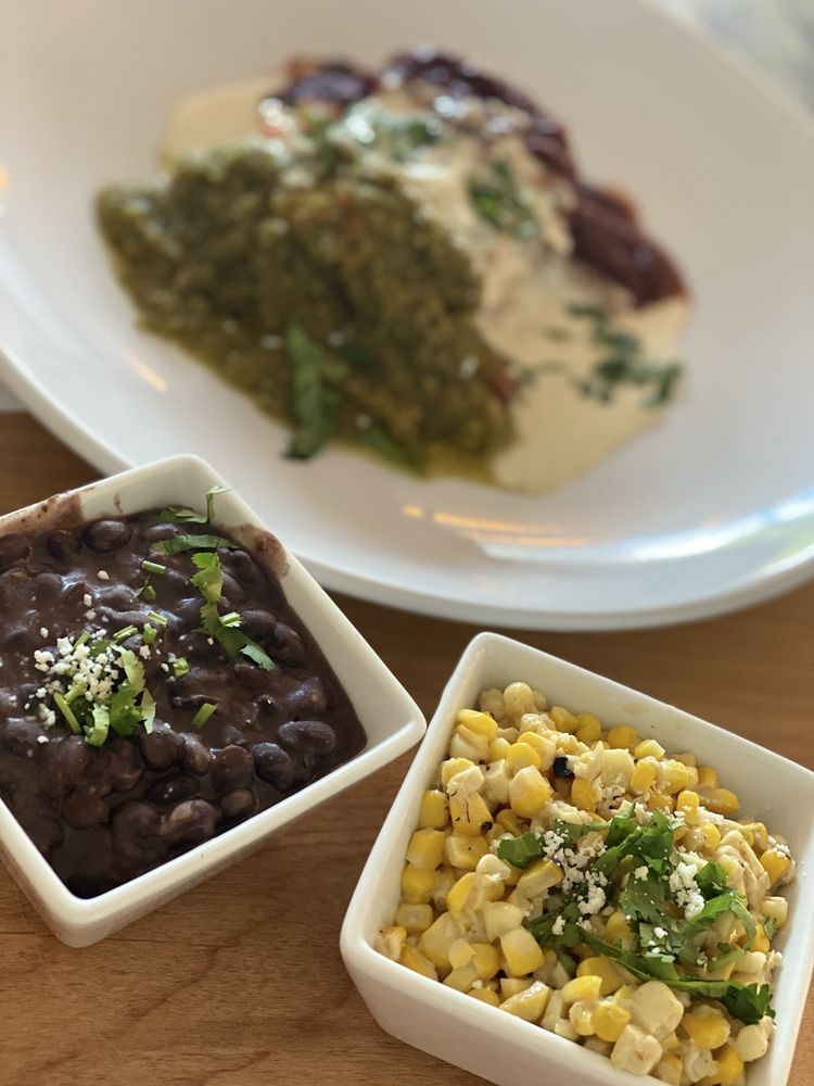 Sunny's Cantina: 6655 Manchester Ave, St Louis, MO