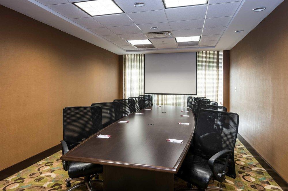 Comfort Suites: 3690 W US HWY 90, Lake City, FL