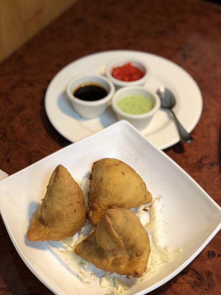 Ruchi Indian Restaurante