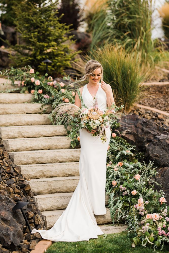 Susan Marie Floral Design: 780 North Cecil Rd, Post Falls, ID