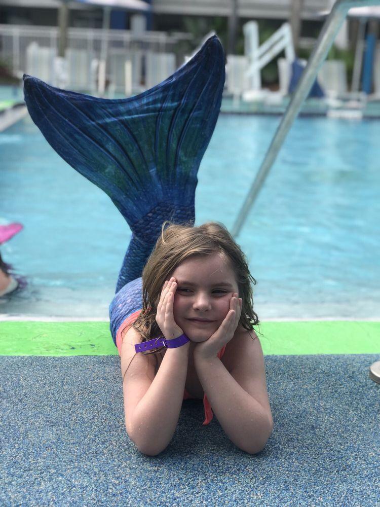 The Mermaid Academy: 7386 Fairgrove Ave, Windermere, FL