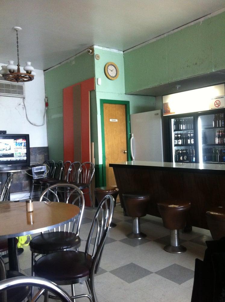 P & J Hamburgers Inn