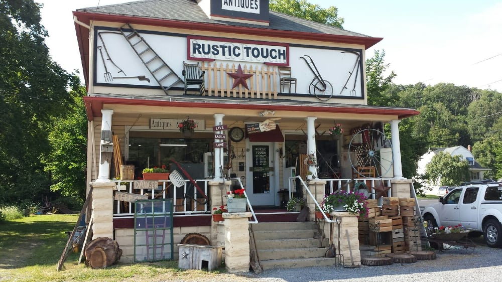 The Rustic Touch: 326 Queen City Dr, Cumberland, MD