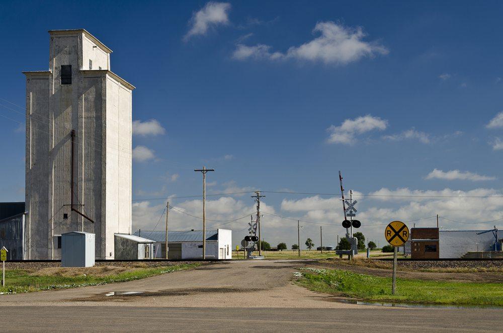 Park Oil: 5831 Highway 40, Park, KS