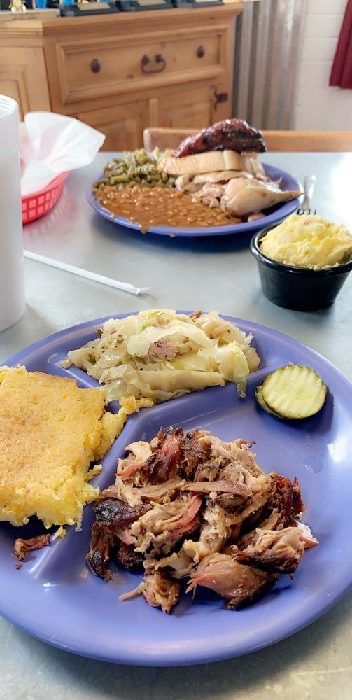 Cackle & Oink BBQ: 3210 Texoma Pkwy, Sherman, TX