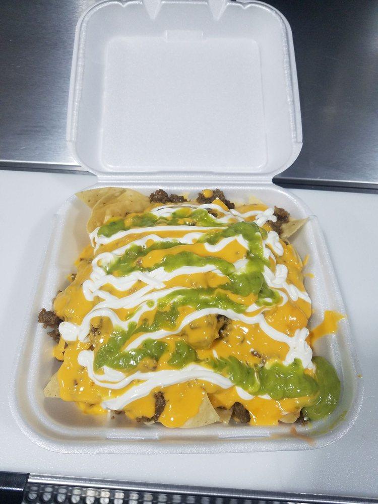 Tacos Y Burritos El Pariente: 13453 Valley Blvd, City of Industry, CA