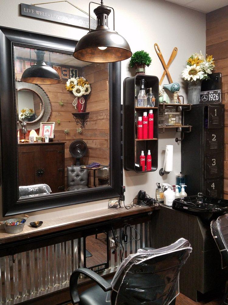 Phenix Salon Suites: 13300 S Cleveland Ave, Fort Myers, FL