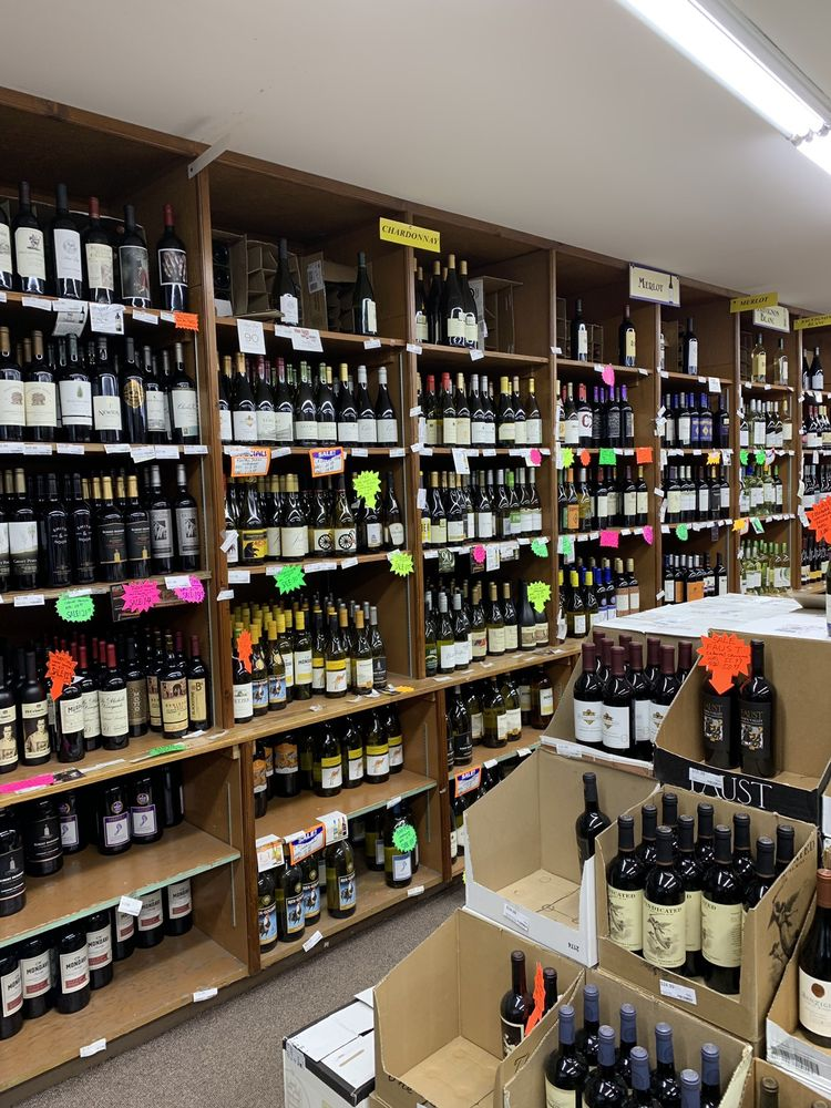 Ferraro's Wine and Liquor Store: 66 W Main St, Babylon, NY