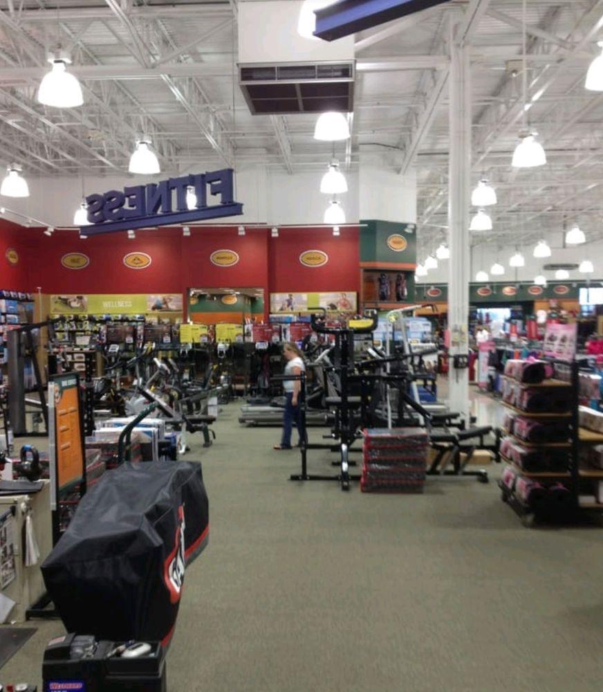 DICK'S Sporting Goods: 951 E Lewis & Clark Parkway, Clarksville, IN