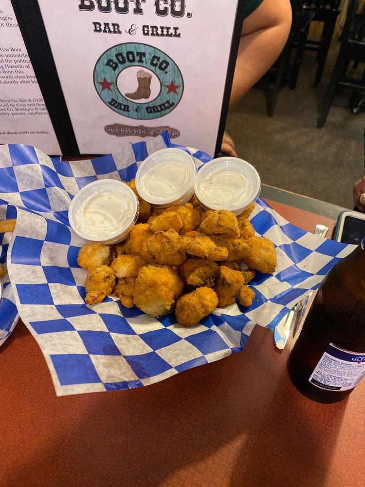 Boot Company Bar & Grill: 205 E Hidalgo Ave, Raymondville, TX