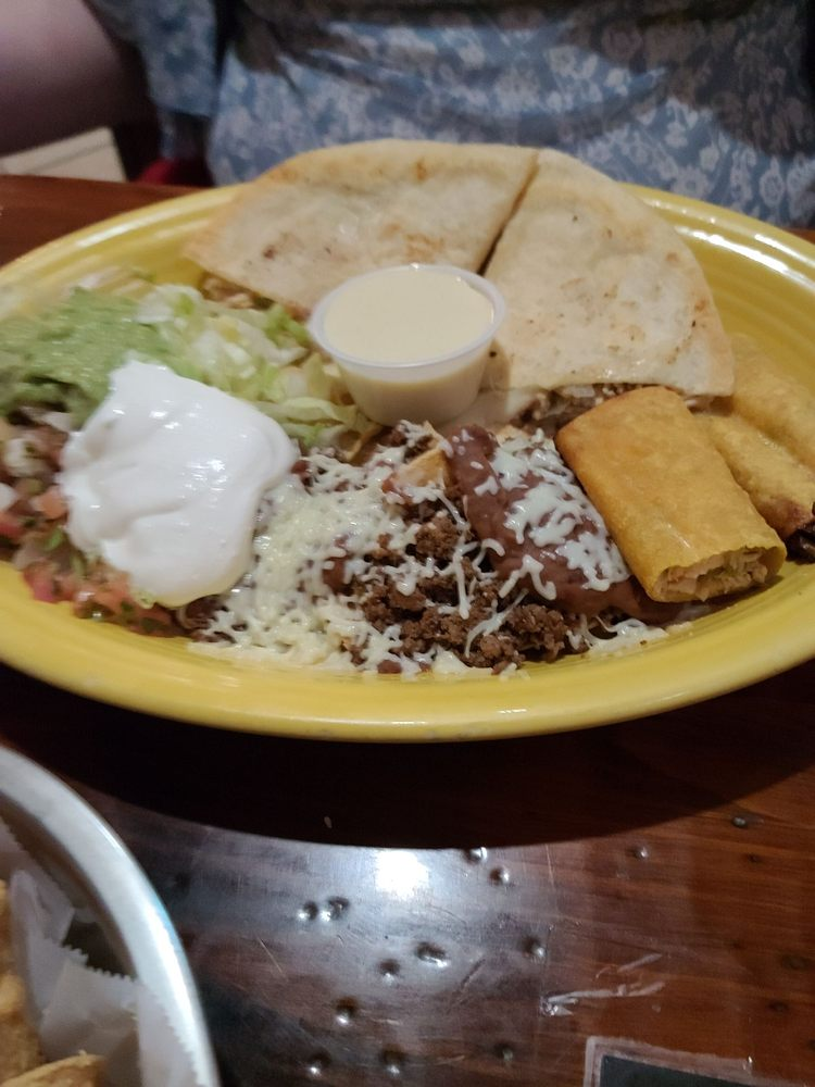 Rancho Viejo Mexican Grill: 5105 Interstate Hwy 30, Greenville, TX