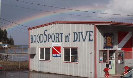 Hoodsport 'N Dive: 24080 N US Hwy 101, Hoodsport, WA