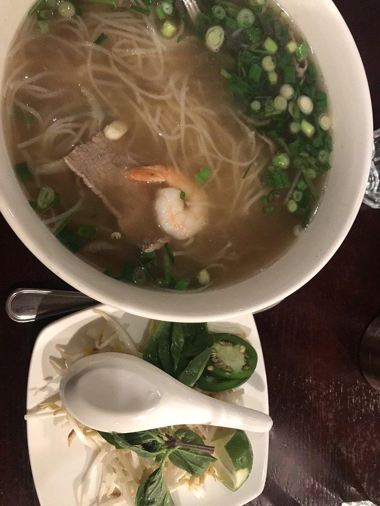 Pho Saigon Restaurant: 115 W 3rd Ave, Moses Lake, WA