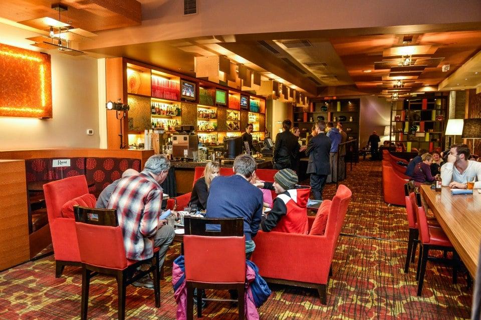 Lobby Court Lounge