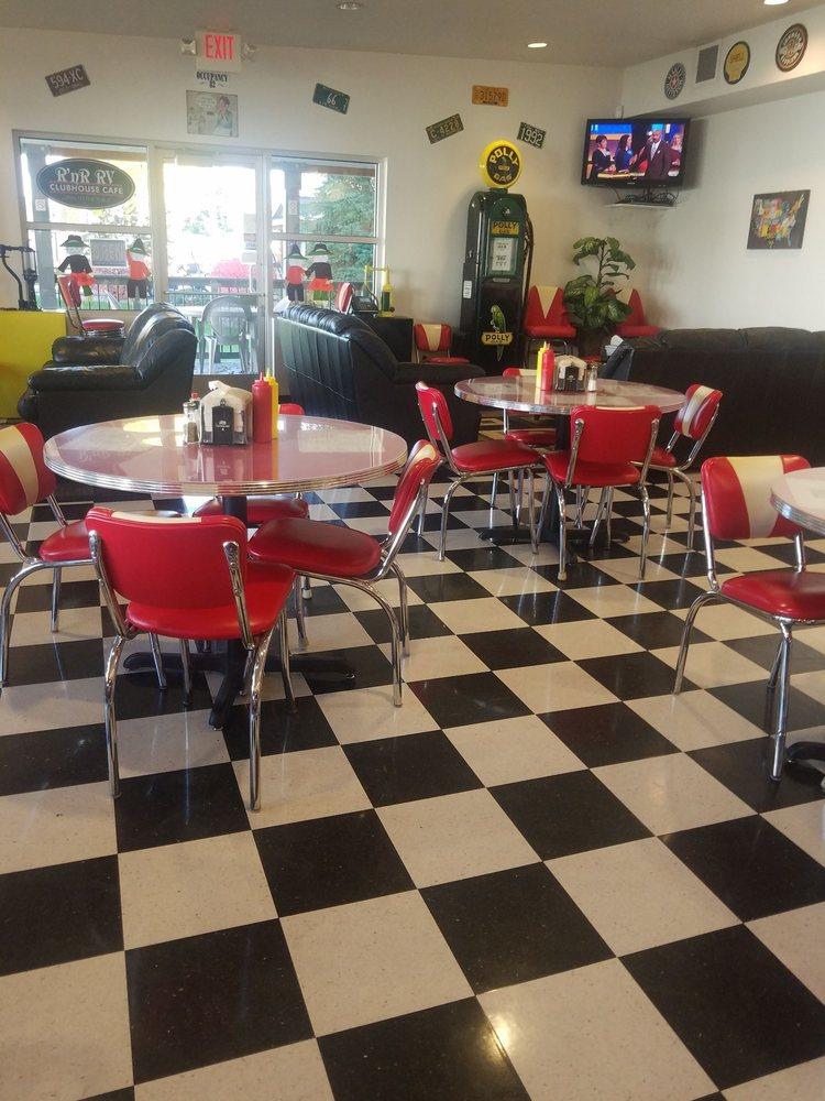 Clubhouse Cafe: 23203 E Knox Ave, Liberty Lake, WA