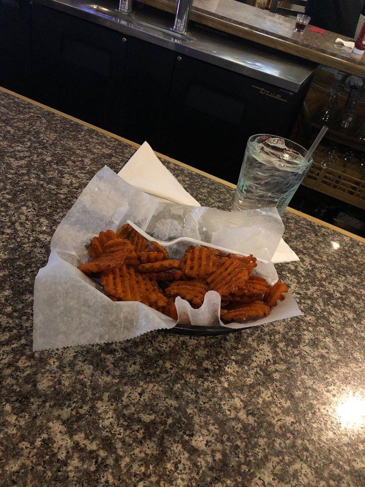 Mr. Wing Sports Grill and Bar: 4519 Woodruff Rd, Columbus, GA
